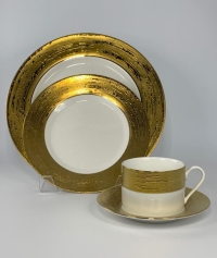 Rental store for Marais Gold Dishware in San Francisco CA